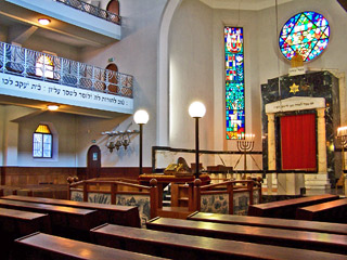 Main sanctuary of the synagogue in Genova