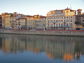 Hotel Berchielli (center) on the River Arno in Firenze, Italy.